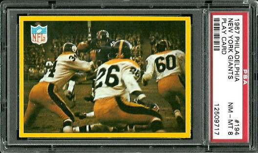 1967 Philadelphia #194 - Giants Play - PSA 8