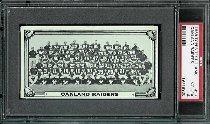 1968 Topps Test Team Photos #17 - Oakland Raiders Team - PSA 4