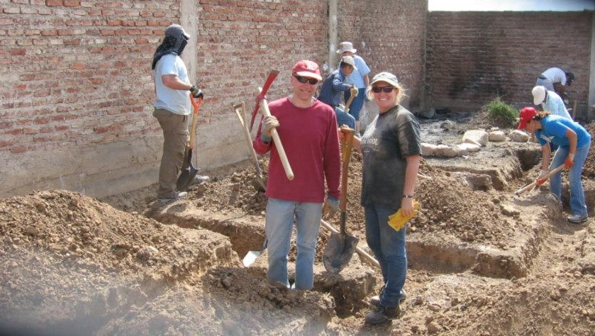 Digging a foundation in Cochabamba, Bolivia